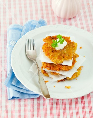 Oat and potato cakes with sour cream