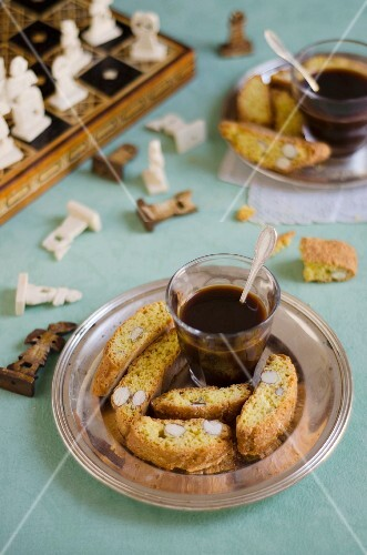 Cantucci e caffè (almond biscuits and espresso, Italy)