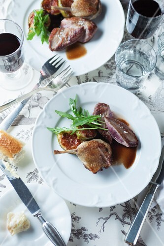 Duck with braised spiced figs
