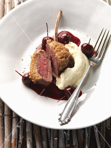 Venison chops with celery purée and cherry sauce