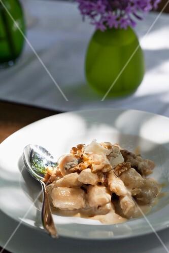 Gnocchi with a Gorgonzola and walnut sauce