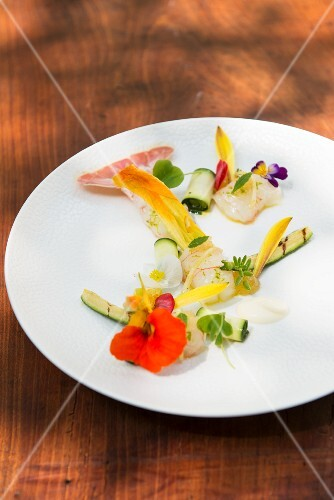 Langoustines with courgette, Japanese pepper and cardamom crème crue