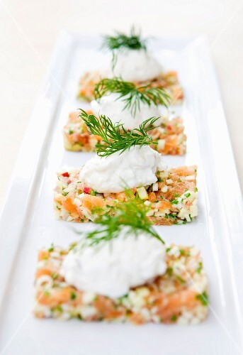 Tatar of smoked salmon with smoked cheese cream