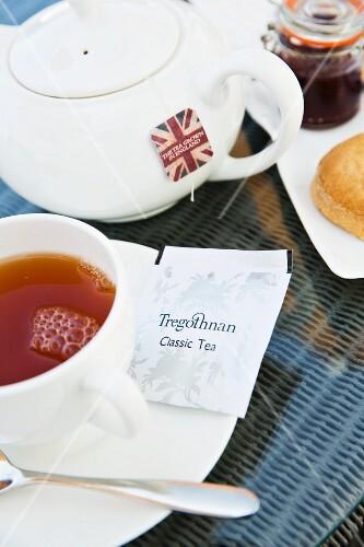 Tregothan Tea im The Idle Rocks in St. Mawes (Cornwall, England)