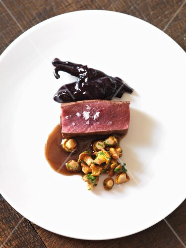 Venison fillet with chanterelle mushrooms and cassis sauce
