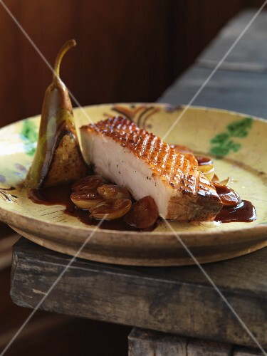 Spicy pork belly with pears