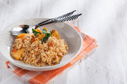 Tom Yum – Thai fried rice – with fish and mushrooms