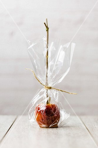 A toffee apple as a gift