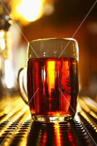 A glass of Lindenbräu beer