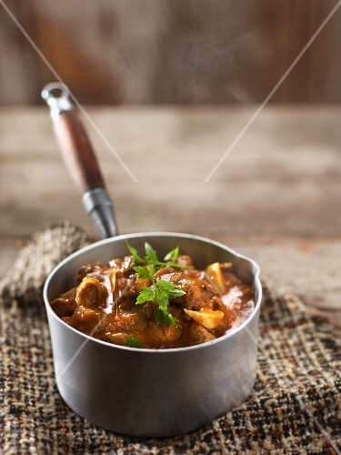 Lamb curry with aubergines and tomatoes