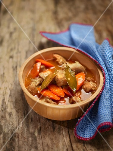 Veal ragout with carrots and bay leaves