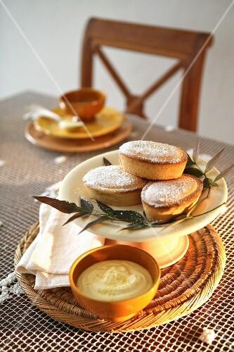 Pasticciotti leccesi (short bread tartlets filled with cream, Italy)