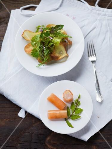 Zander tartar rolls with salad