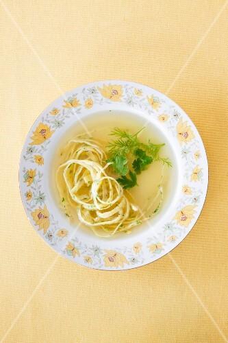 Consommé with noodles