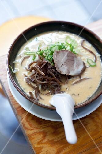 Vegetable soup with seaweed (Japan)