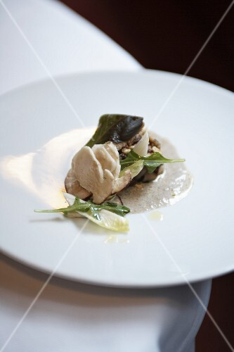 Veal sweetbreads with porcini mushrooms