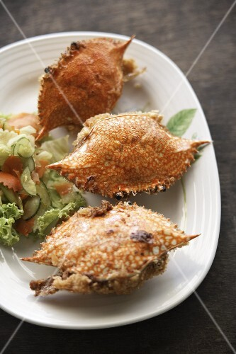 Stuffed soft-shell crabs with salad