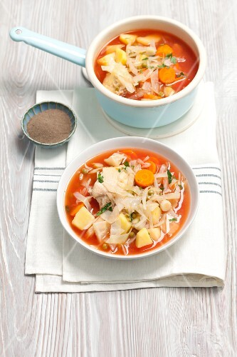 White cabbage soup with tomatoes