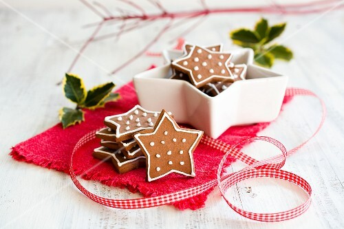 Star-shaped Christmas biscuits