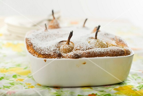 Pear souffle with icing sugar