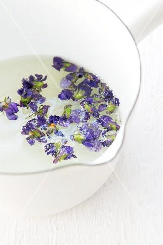 Violets in sugar syrup