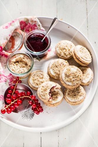 Ischler Taler (Austrian sandwich biscuits) with redcurrant jam