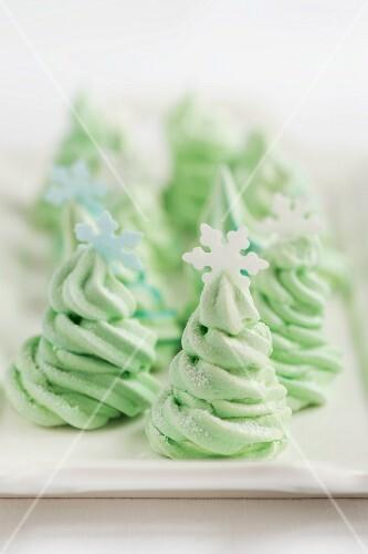 Green meringue Christmas trees