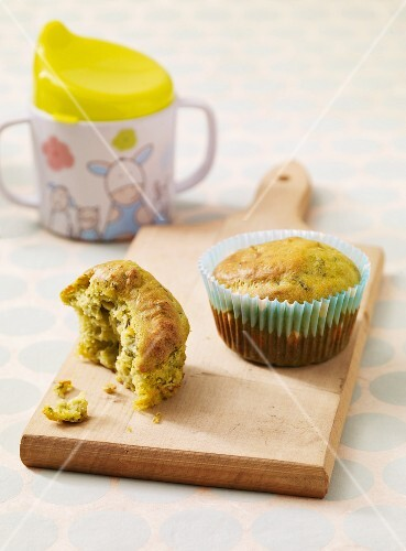 Broccoli muffins as baby food