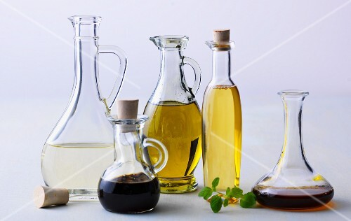 Various cholesterol reducing oils and vinegars