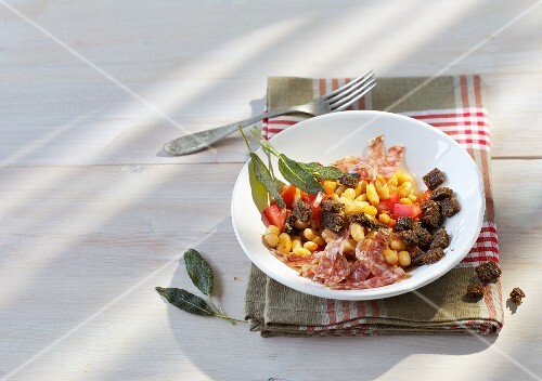 Canellini beans with Italian salami and pumpernickel croutons
