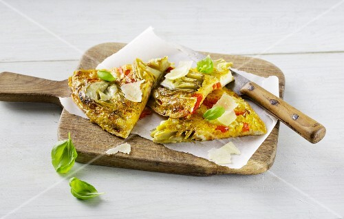 Italian tortilla with red pepper and artichoke hearts