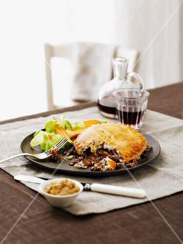 Minced venison pie with carrots and cabbage (England)