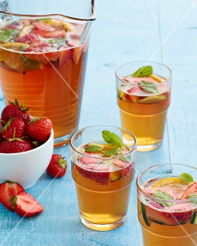 Pimms with strawberries