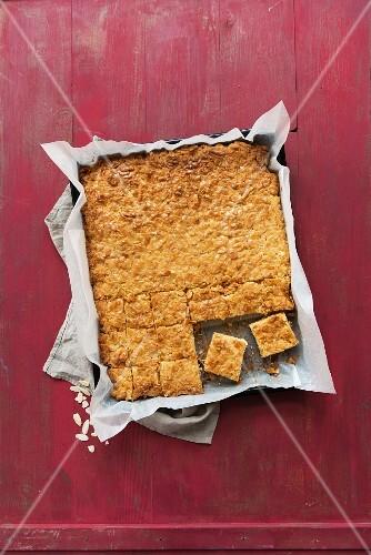 Almond tray bake cake