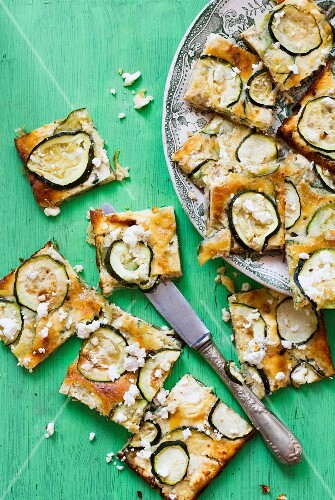 Courgette cake with feta cheese