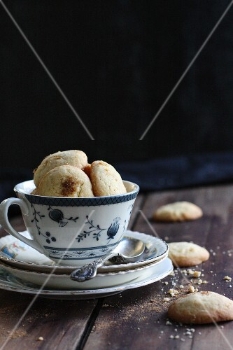 Biscuits in a tea cup