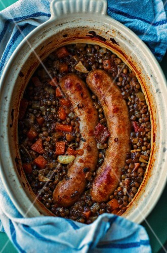 Puy lentils with sausages (France)