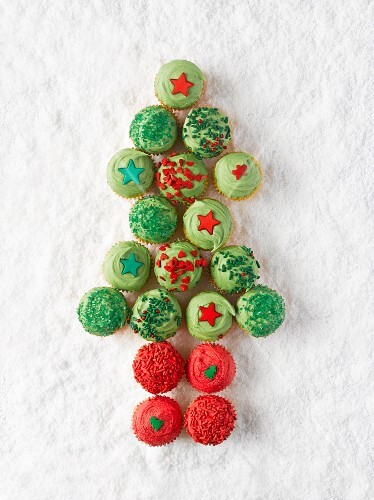 Cupcakes arranged in the shape of a Christmas tree