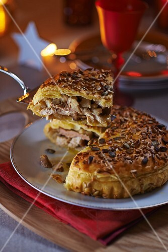 Puff pastry guinea fowl and foie gras pie (France)