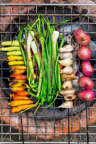 Vegetables on a grill (Vientiane, Laos)