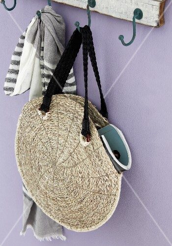 Diy Rattan Bag Round Bag Made From Two Woven Place Mats Sewn