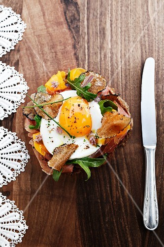 Strammer Max (bread topped with ham and a fried egg) with truffles