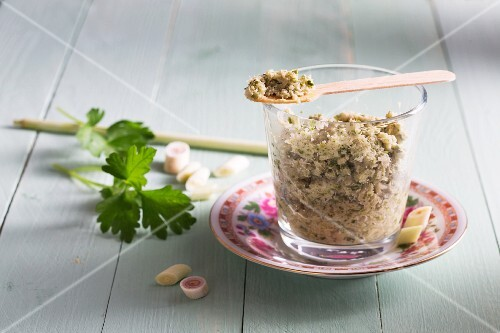 Thai green curry paste made from lemongrass, galgant and ginger