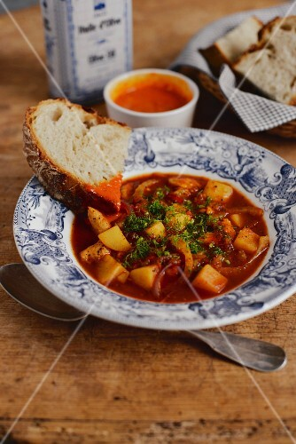 Chicken and fennel stew with rouille (Provence)