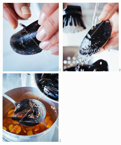 Italian mussel and tomato stew being made