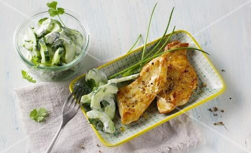 Coriander chicken with a cucumber salad