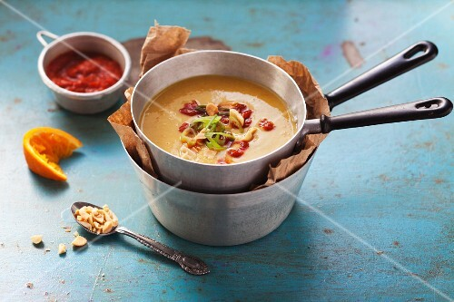 Chickpea soup with peanuts and ras el hanout
