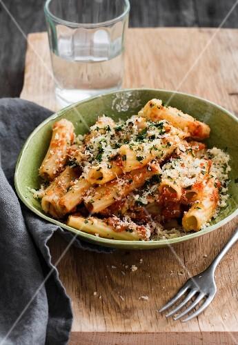 Tortiglioni with tomato sauce and Parmesan