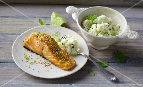 Sesame seed salmon with cauliflower purée