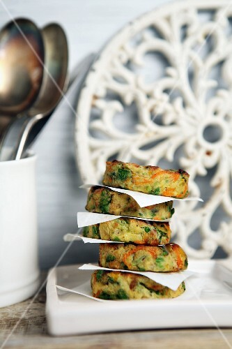 A stack of vegetables fritters with carrots